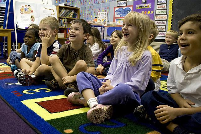 Kids-Having-Fun-in-the-Classroom-Woodleywonderworks