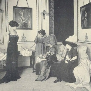 house-of-worth-salon-de-vente-1910-fashion-300x300