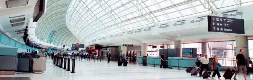toronto-airport-departures