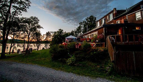 civil-war-lake-house